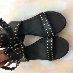 Steve Madden Shoes - Steve Madden gila studded black strappy sandals